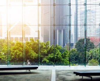 Acristalamiento de edificios de oficinas y empresas