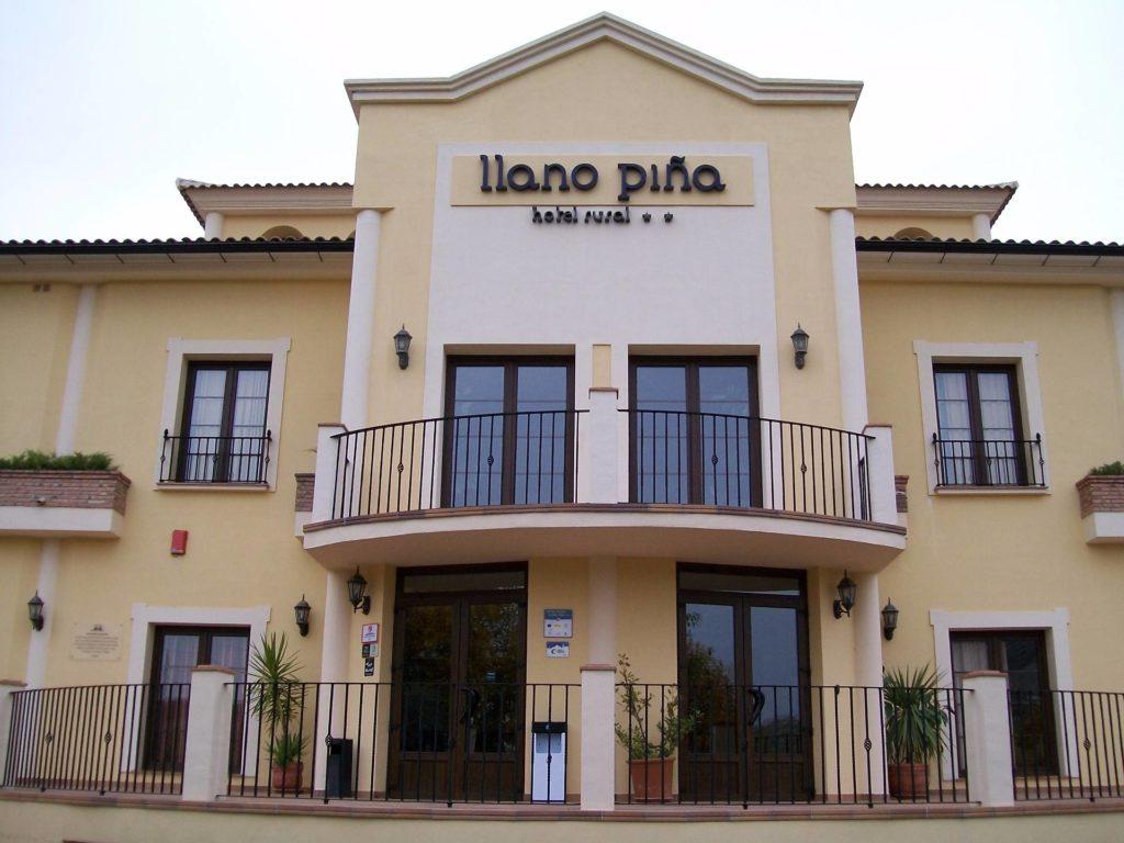 acristalamiento hotel restaurante llano pina