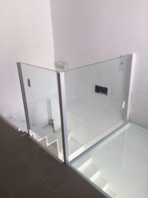 baranda con suelo pisable de vidrio 2