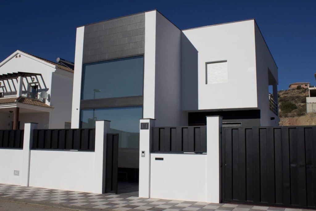 Instalacion de ventanas y puertas de aluminio en loja 10