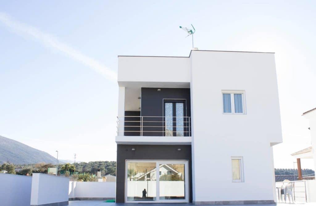 Instalacion de ventanas y puertas de aluminio en loja 3