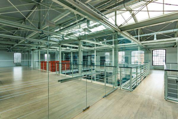 Cristalería a lo grande o cristalería industrial - Para Empresas