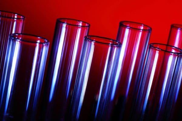 La importancia del vidrio en el sector sanitario - Vidrio para Farmacias