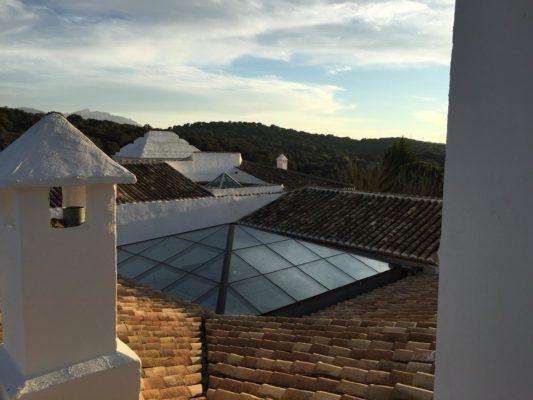 Instalación de techo lucernario para Hotel en Bobadilla, Granada