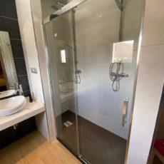 instalación mamparas de baño