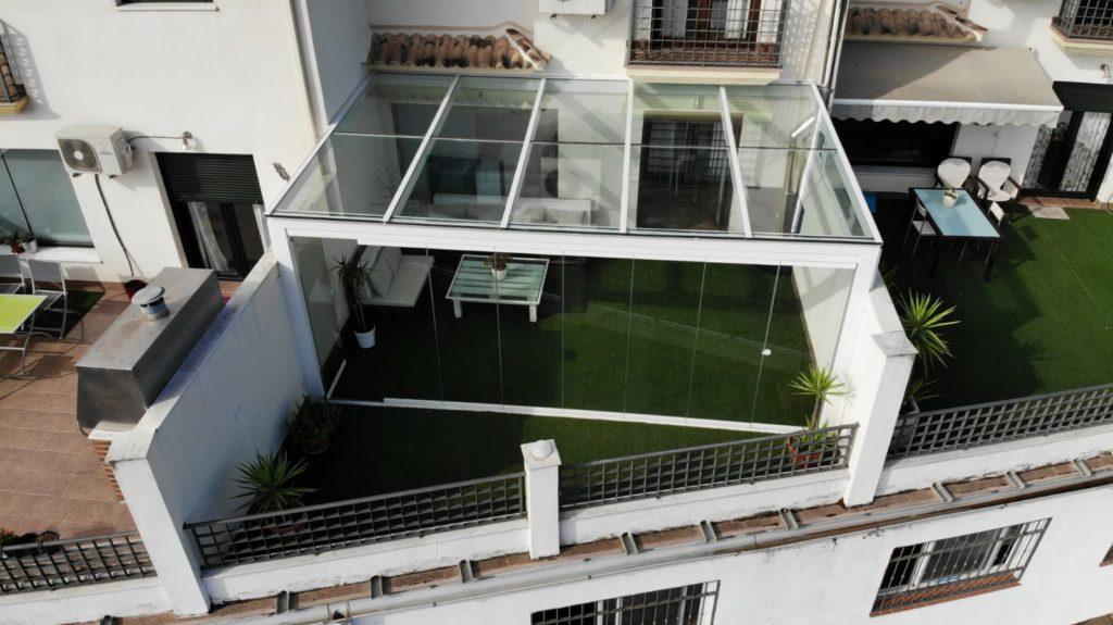 Cerramiento De Terraza Con Estructura Metálica
